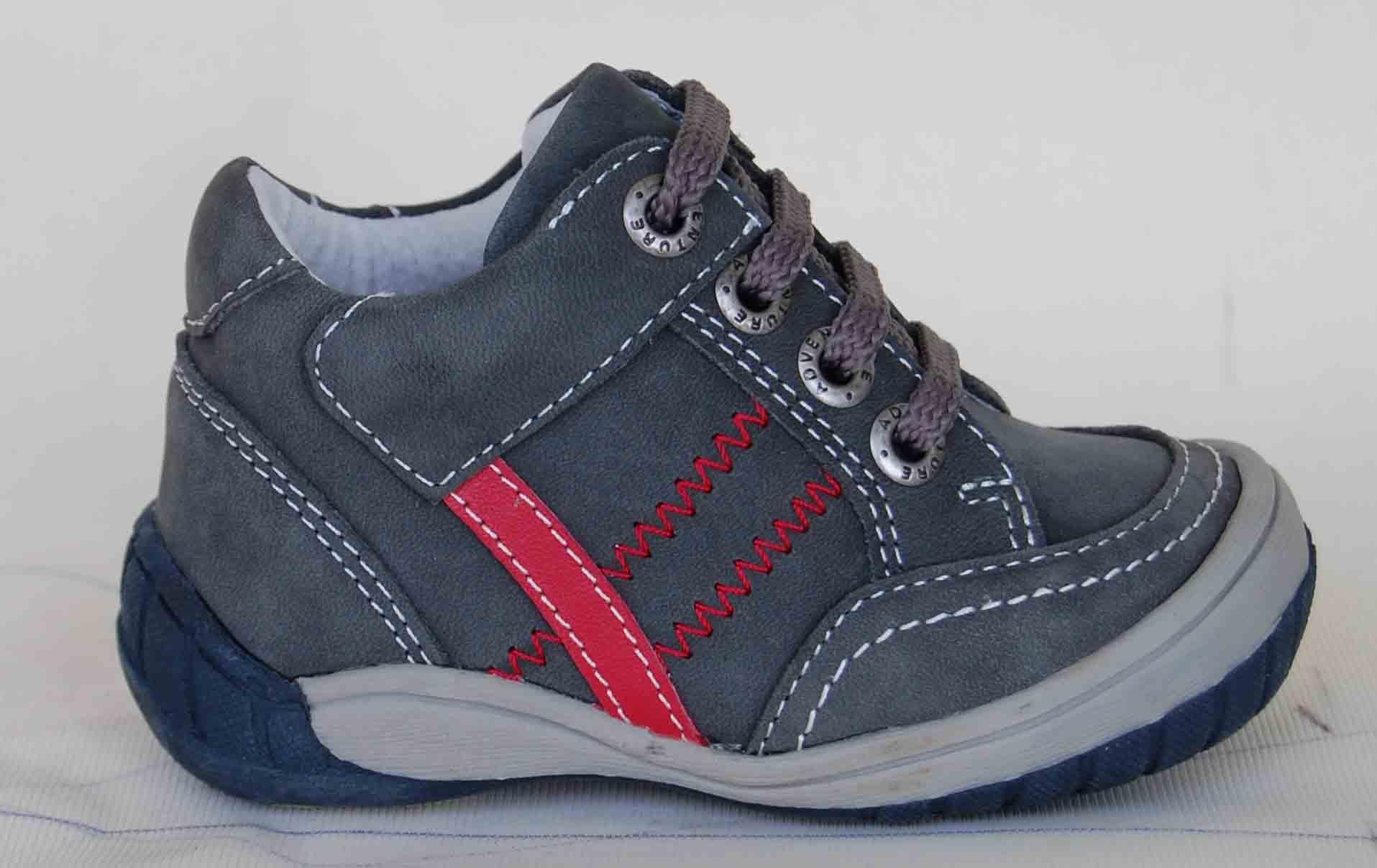 b11a8933f6c Naskladněny celoroční boty od slovenské firmy Protetika. Jedna se o  celokožené botičky s koženou stélkou (podpora nožní klenby)